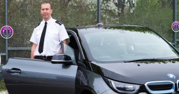 Hampshire Police use electric cars