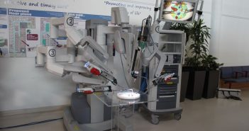 Bladder operation surgical robot
