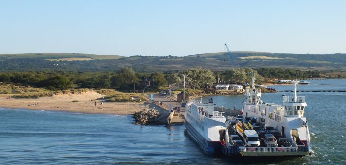 image of the sandbanks ferry
