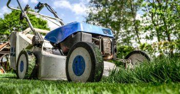 lawnmower garden waste